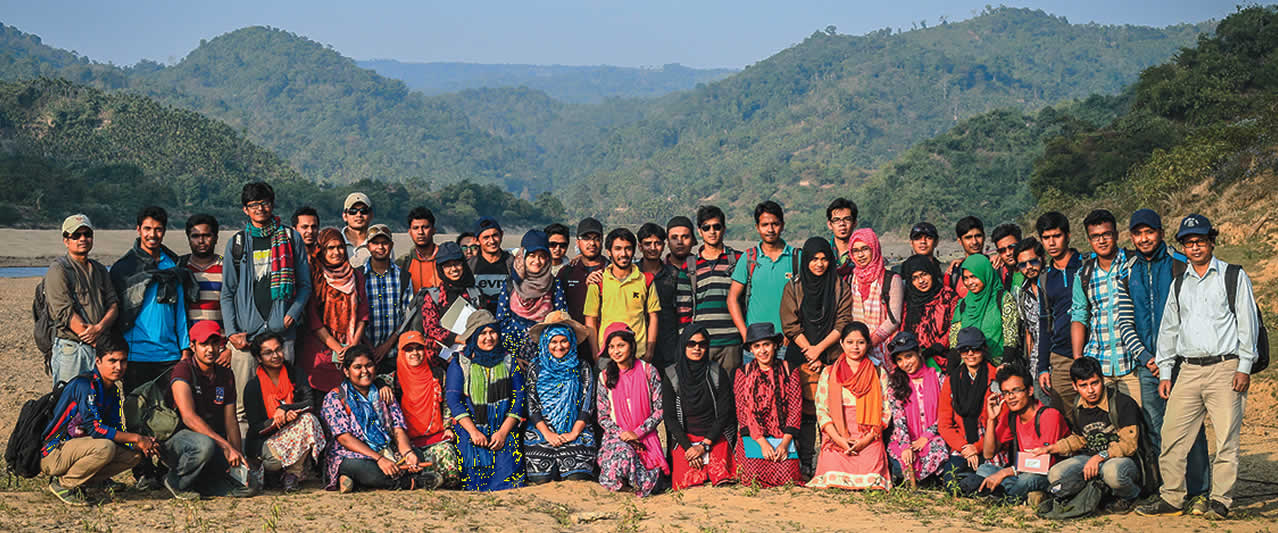 Jubilant geology students from Dhaka University, Bangladesh.